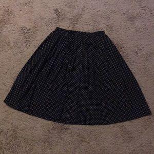 Pre-Owned Polkadot Skirt (Women's Size 8)